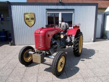 Steyr_Diesel-Traktor-T84