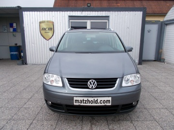 VW_Touran-Highline-1.9-TDI