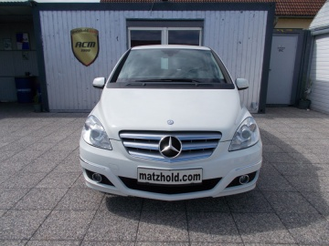 MERCEDES_B180-BlueEfficiency