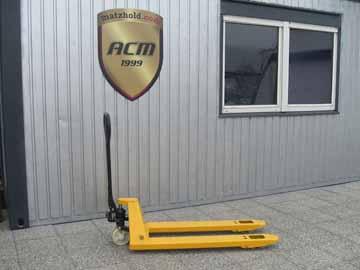 zum-Verkauf:-HUBWAGEN_TT-Agrar-2.5-Tonnen